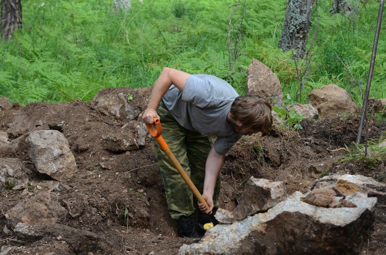 Геолог копает жилу (06.11.2014)
