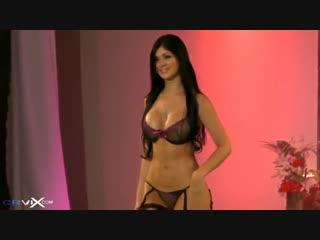 Супер сексуальная модель Mariana Davalos Pasarela