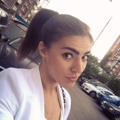 Анна Сенаторова