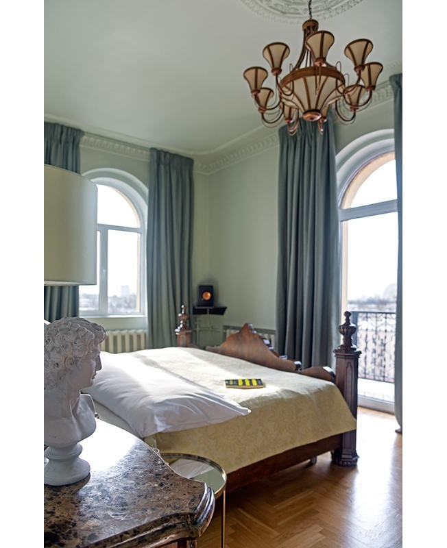 Квартира с арочными окнами