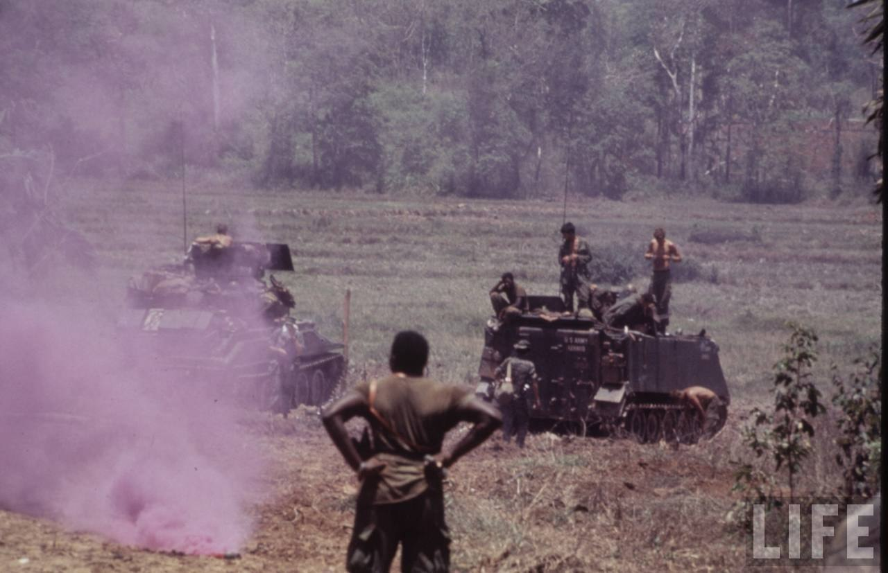 guerre du vietnam - Page 2 Xl_UkZ80OMw