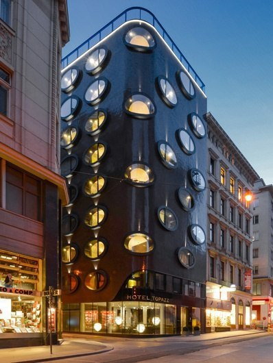 Hotel Topazz / BWM Architects
