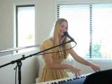 Dance the Way I feel - Eliza Dear Cover (Ou Est Le Swimming Pool)