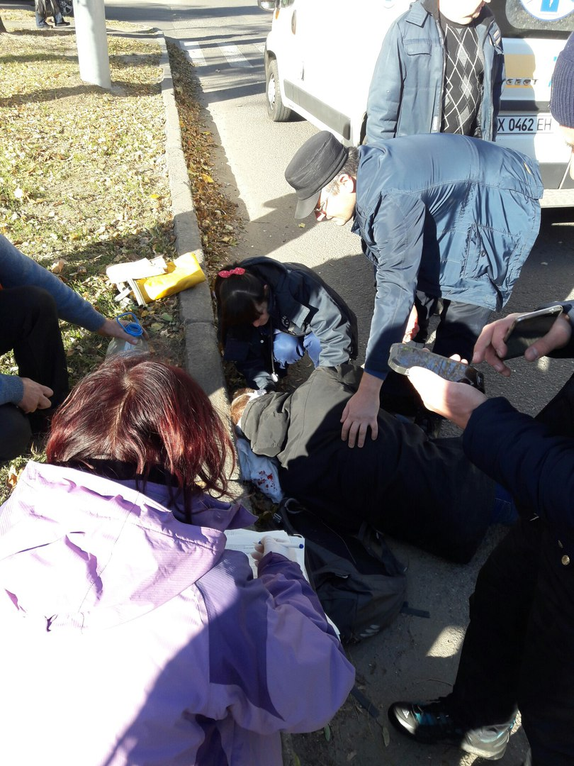У Харкові тролейбус збив пішохода - фото 2