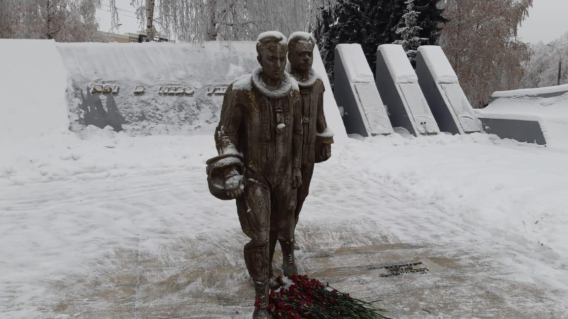«Максимыч, я с тобой до конца!». 50 лет подвигу летчиков Шерстобитова и Кривенкова — Изображение 2