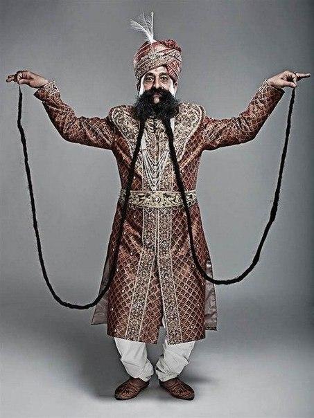 Самые длинные усы в мире отрастил 55-летний индус по имени Рам Сингх Чаухан (Ram...