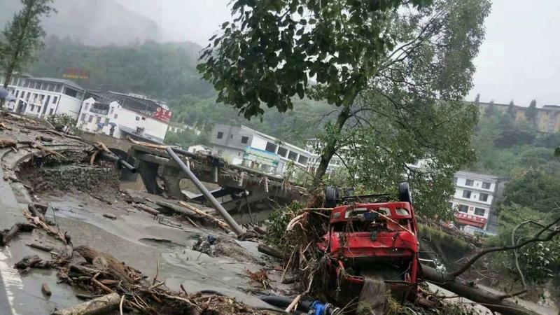 Наводнения в Китае и шторм в Вашингтоне Storm in Washington and floods in China