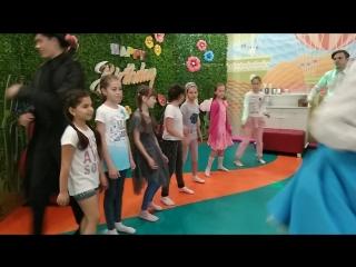 Наши лучшие девчонки на танцполе 2