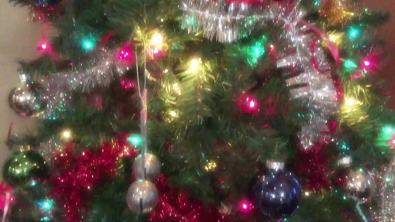 Новогодняя Елка с украшениями Футаж