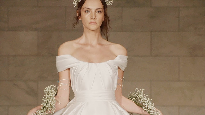 Reem Acra Fall Winter 2018 2019 Full Fashion Show Exclusive