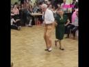 Дедушка с бабушкой зажигают