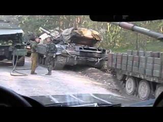 Под Изюмом скопление бронетехники (Харьковская область)