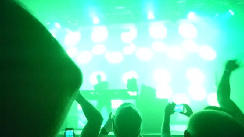 MOV_0133 Epizode³ pre-party (9/11/2018) Ferry Corsten - Punk Arty Rock-n-Rolla Mix