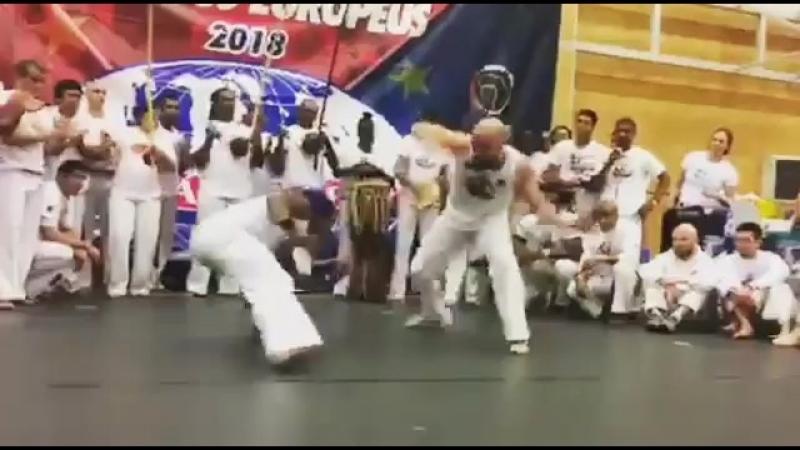 Abadá-Capoeira 2018 em Praga.
