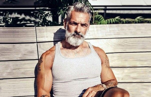 20 доказательств того, что мужчина в любом возрасте может выглядеть круто: ↪ Плевал я на вашу пенсию!
