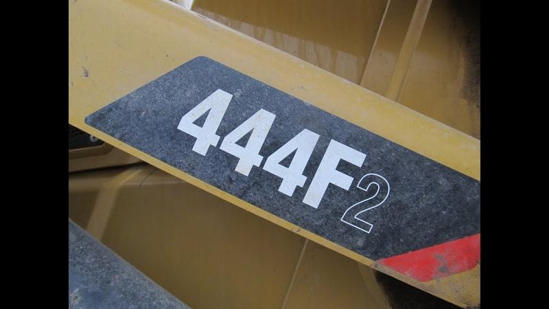CAT444f2 ОБЗОР в кабине кнопки рычаги небольшая Путаница