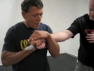 Самооборона при нападении с ножом 👍