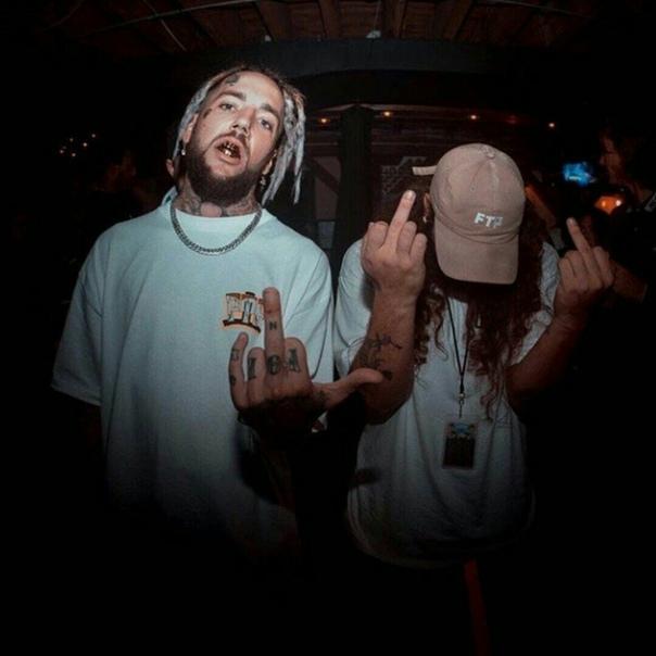 $uicideboy$ американский рэп-дуэт из Нового Орлеана, основанный Аристосом Петросом и Скоттом Арсеном. Их стиль и музыка отличаются меланхоличностью и нигилизмом, ведущими темами творчества