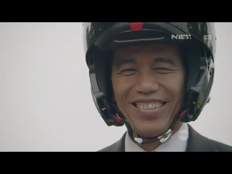ASIAN GAMES 2018 President of Indonesia JOKO WIDODO rides MotorBike in Opening Ceremony