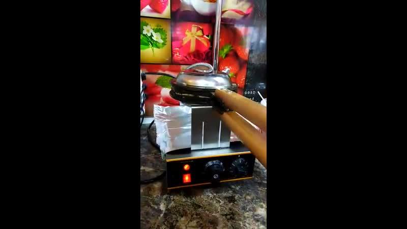 Процесс приготовления Ваших любимых вафель
