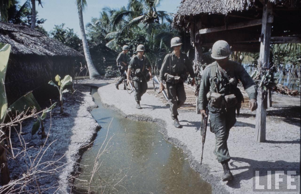 guerre du vietnam - Page 2 JDroSG-LrVg