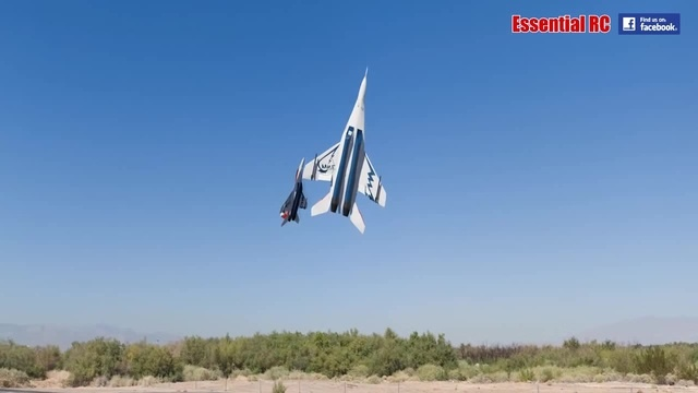 FANTASTIC Russian Mikoyan MiG-29 FORMATION PAIR/DUO with OVT VECTORED THRUST Demo
