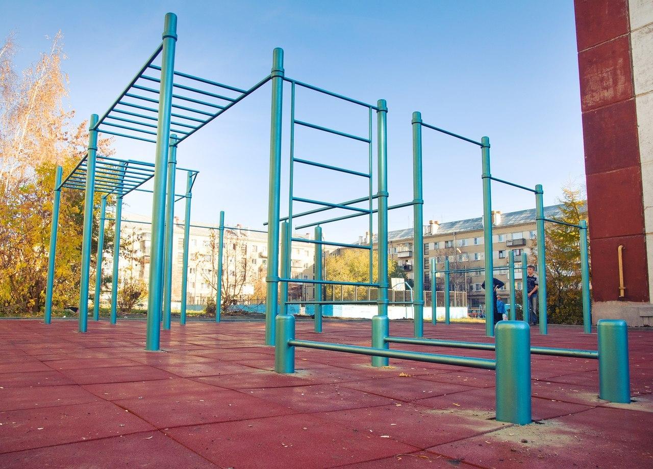 торговый центр метро ленинский проспект