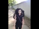 кукла на прогулке