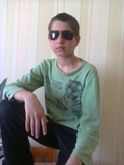 Саша Галапчук, 11 июля 1999, Львов, id198551115
