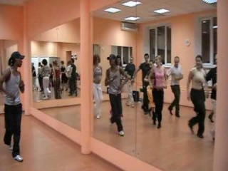 Yoandy classes_Reggeton-Salsa-Salsaton-Bachata-Pasos en linea