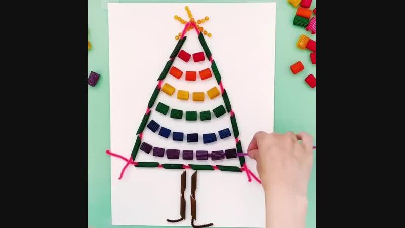 Делаем новогоднюю ёлочку вместе с детками