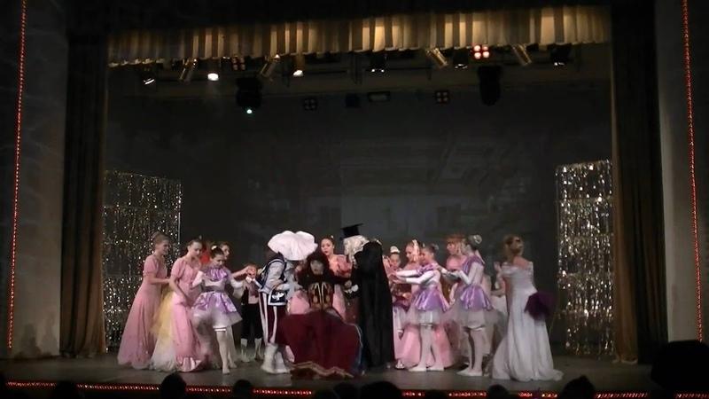 Спектакль 12месяцев Театр Фарт 06.01.11-1часть Севастополь