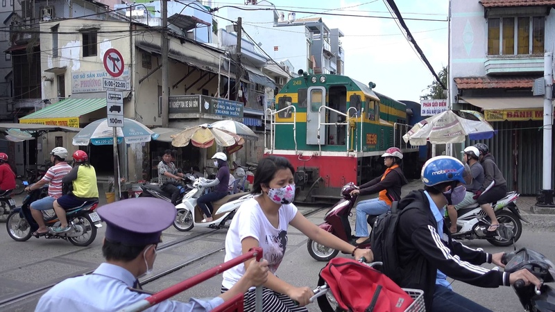 Level crossing 1725KM of Tran Van Dang Ho Chi Minh City 2016