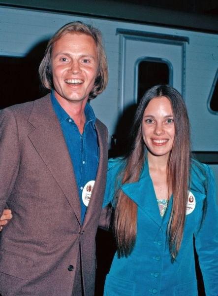 Фото родителей Анджелины Джоли в молодости