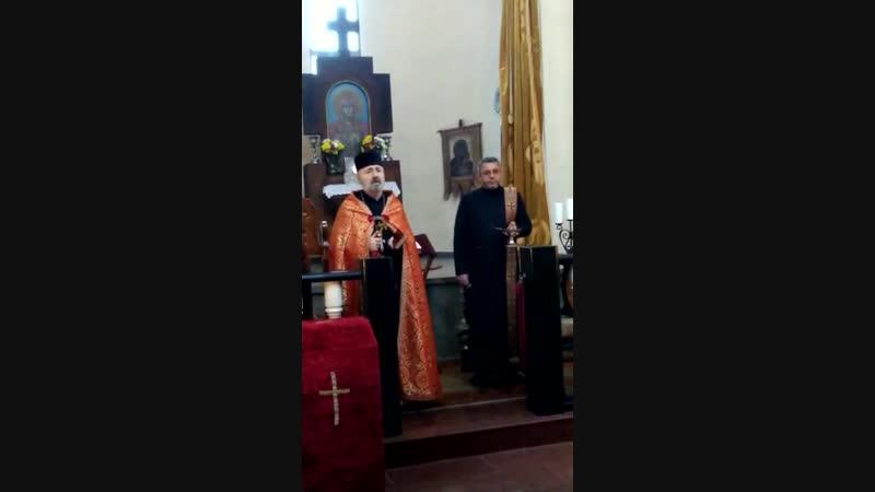 7 декабря, в Краснодаре, в армянской церкви Сурб Аствацацатин Епархии Юга России прошла. Траурная служба