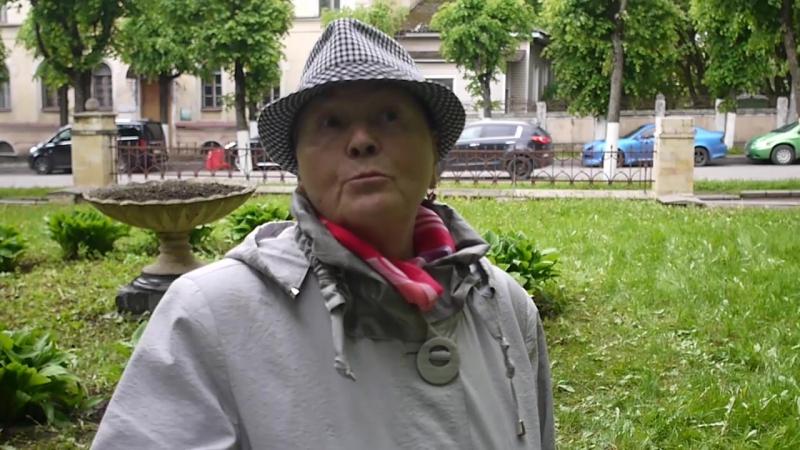 Жанна Гриненко в сквере Терентьева готовится к Битве