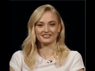 Sophie Turner_Dark Phoenix cast fun facts