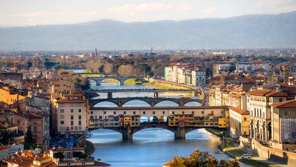 Люди делятся на два типа: тех, кто любит Италию, и