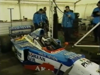 Benetton F1: A year in the fast lane (1997). Эпизод 1 - The Guiding Lights
