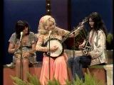 Linda Ronstadt, Dolly Parton &amp Emmylou Harris sing Apple Jack