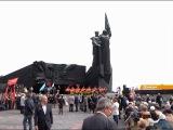 В Донецке перед ветеранами едва не разорвали дирижера оркестра за гимн Украины - «Факти»