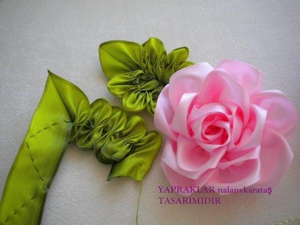 Мк цветок из атласной ленты