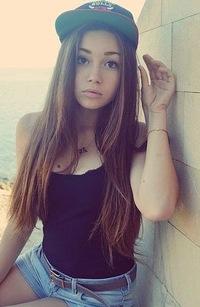 девушки кавказа фото профиль и сзади