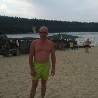 Дмитрий Мавзютов, 8 декабря , Артемовск, id205743236