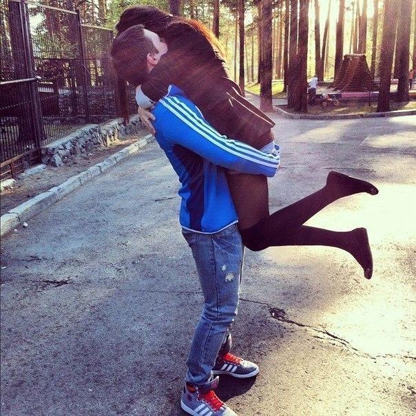 Фото с девушкой и парнем на аву в вк для
