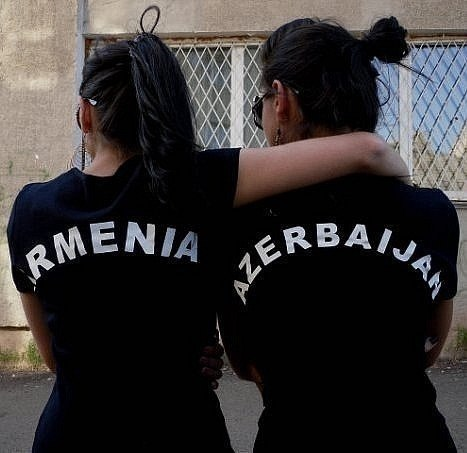 Розы, картинки с надписью армяночка