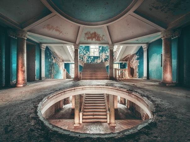 Заброшенный советский санаторий в Цхалтубо, Грузия. Красота!