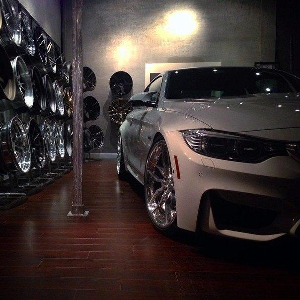 Всем гаражам гараж! ☝