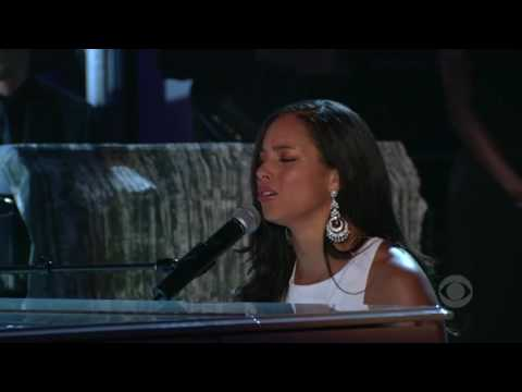 Alicia Keys If I Ain't Got You live at the grammy 2005