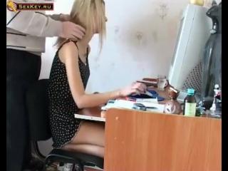 Смотреть отец принудил дочь к сексу
